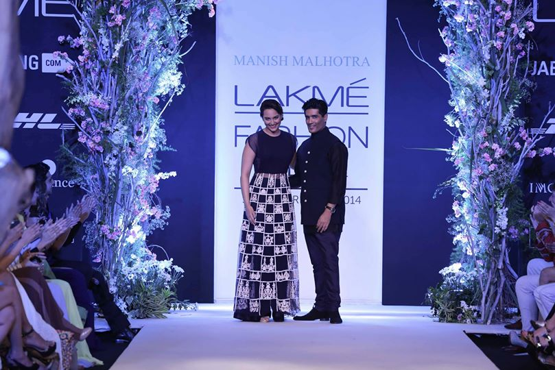 Lakme fashion week Sonakshi