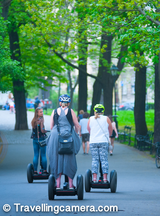 You would see people walking, running, cycling around the Planty Park and some of the tourists chose segway to explore the Krakow town. If you are interested in Segway tours, there is a point in Planty Park from where you can get Segway, Taxi tour of the city. There are golf carts which take you to different places in Krakow from Planty Park.