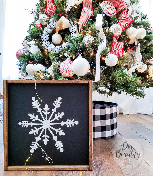 DIY black and white snowflake sign