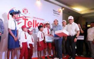 Telkom Memberikan Bantuan dan Beasiswa Untuk Dunia Pendidikan