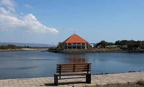 Pantai Dermaga Marina Boom Banyuwangi