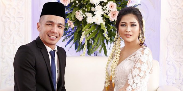 Saat Menikah Suami Masuk Islam, Kini Ovi Sovianti yang Pindah Keyakinan