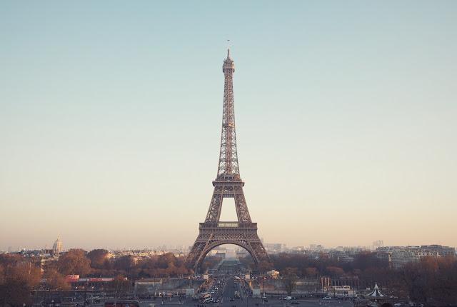 Travel Paris in Style