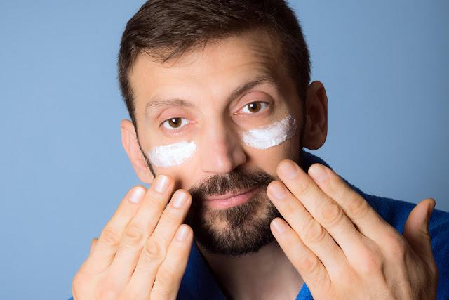 5-Rekomendasi-Skincare-Khusus-Cowok-yang-Wajib-Dicoba