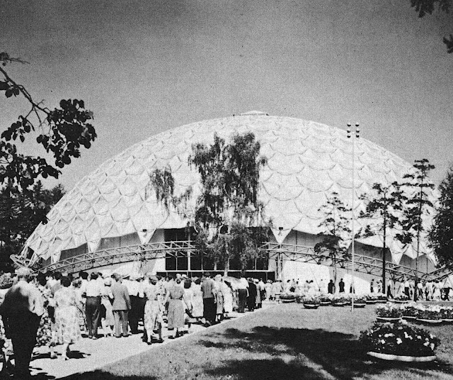 the 1959 American National Exhibition in Moscow photograph