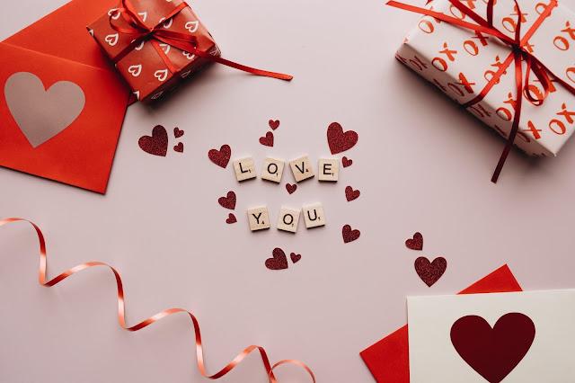 Darčeky, notino online nákupy, darčekové balenie a kopec možností