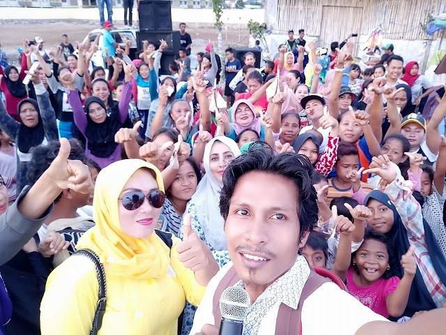 <b>Ikut Senam Sehat dan Bahagia Lutfi Feri, Warga Kampung Sumbawa Tumpah Ruah di Jalan</b>