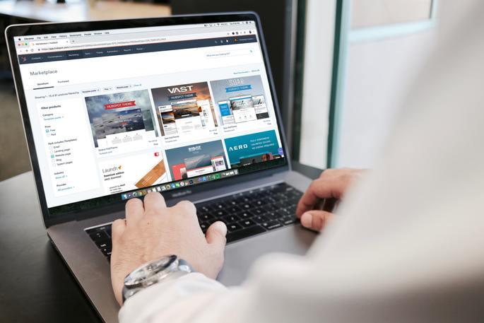 internet sitesi kurmanın maliyeti