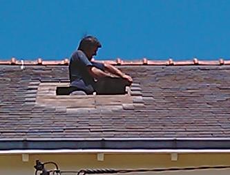 kayak marin pose d 39 une fen tre de toit v lux. Black Bedroom Furniture Sets. Home Design Ideas