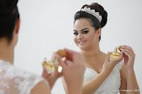 Casamento de Dayane e Luiz em Paróquia Santo Antônio de Pádua e Recepção Chácara Torres em Poá com decoração Capricho's Buffet, Dj Aueras Eventos, dia de noiva em Simplesmente Maria - Suzano