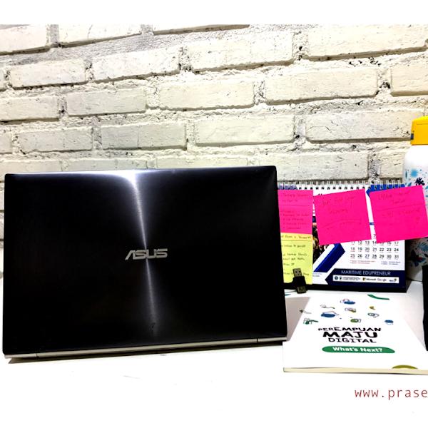 Laptop ASUS Yang Tipis dan Colorful Ini Paling Cocok Untuk Aktivis Perempuan dan Teknologi