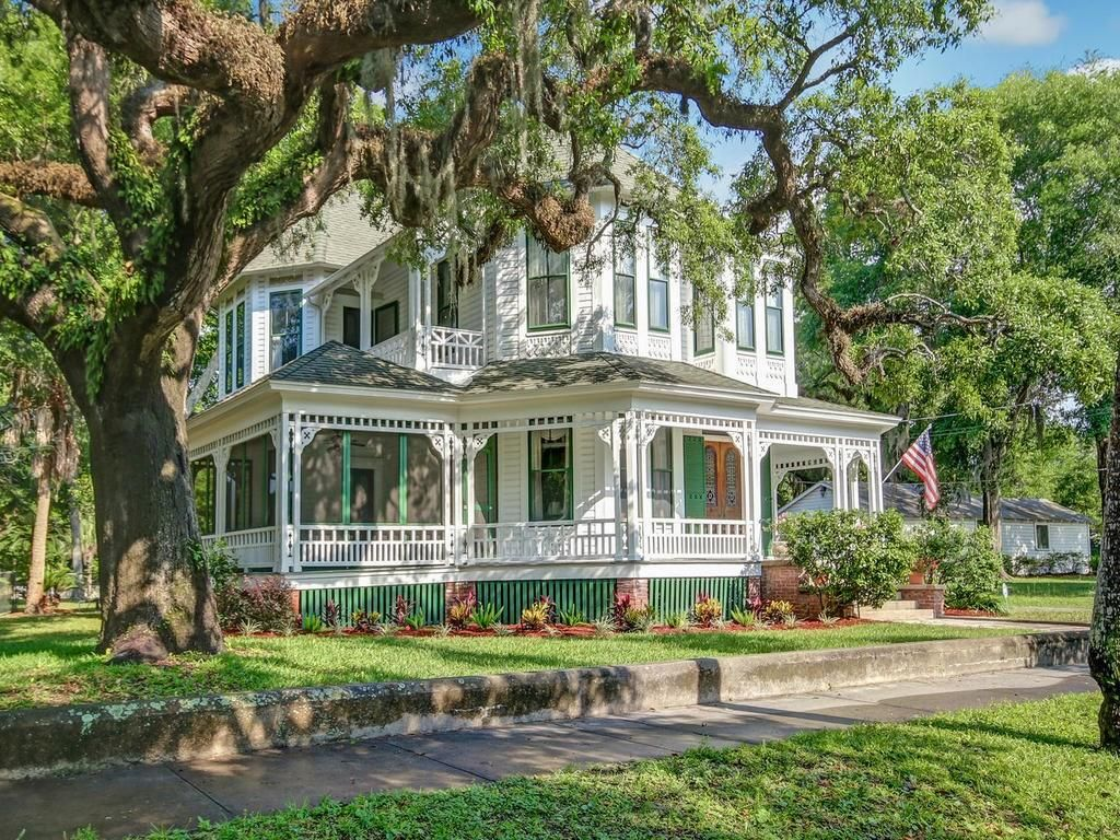 Chadwick house 1883 queen anne victorian on amelia island in fernandina beach florida