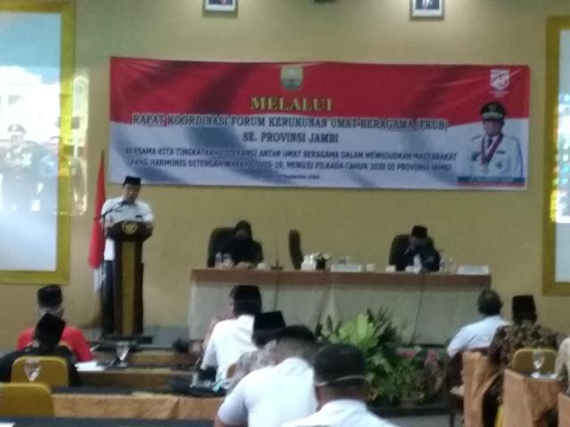 Kaban Kesbangpol Secara Resmi Membuka Rakor FKUB Se-Provinsi Jambi.
