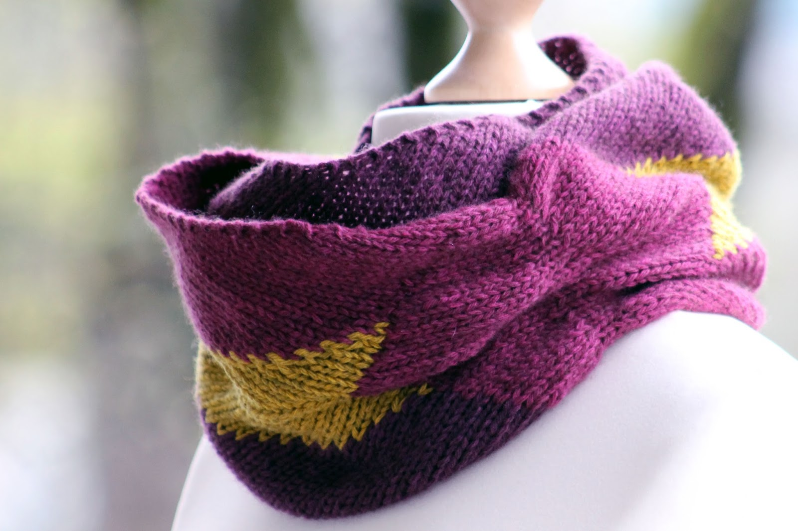 Balls to the Walls Knits: Mauve and Mustard Scarf