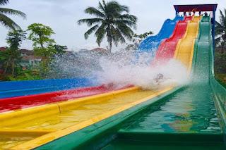 racing slide santasea waterpark