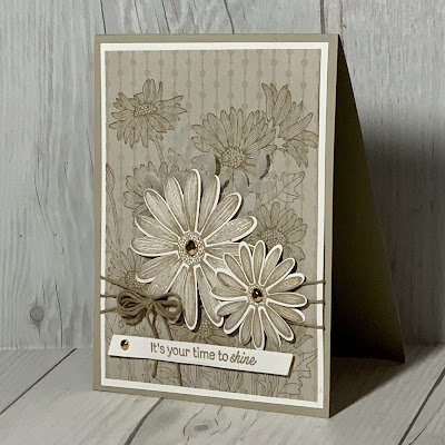 Floral greeting card using Stampin' Up! Daisy Garden Stamp Set