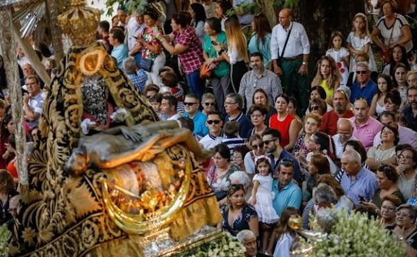 Suspendida la procesión de la Virgen de las Angustias de Granada