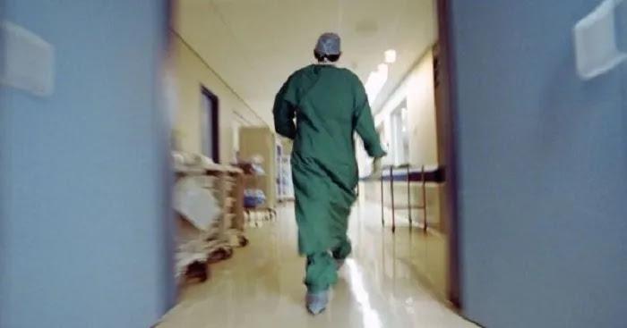Καταρρέει το ΕΣΥ εν μέσω δήθεν πανδημίας:    Διώχνουν 10.000 υγειονομικούς λόγω μη εμβολιασμού!