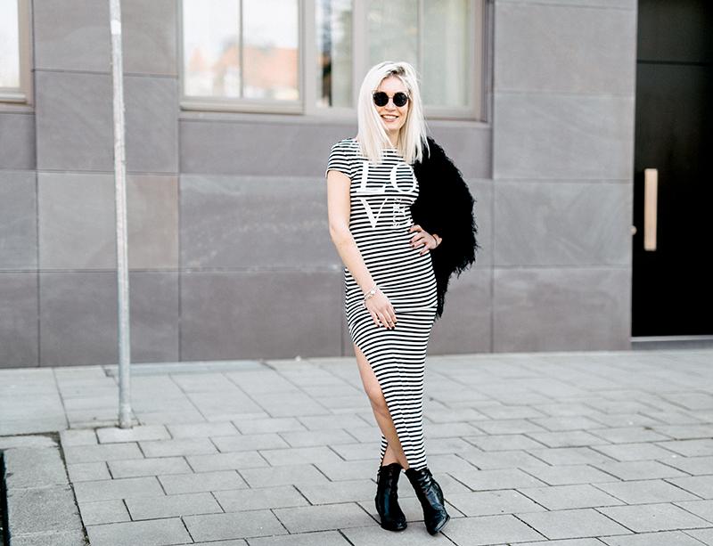OOTD-Outfit-Style-Trend-Modeblog-Fashionblog-Mode-Fashion-Munich-Muenchen-Lifestyleblog-Beautyblog-Lauralamode-Deutschland-Inspiration-Sassyclassy-Maxidress