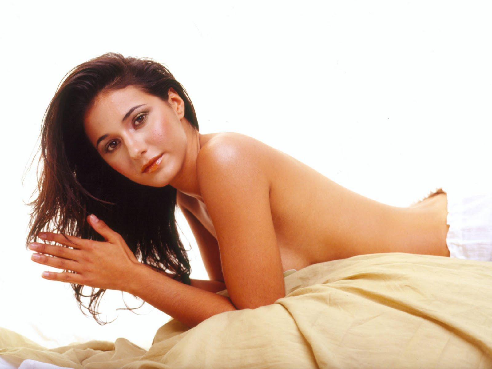 Erotic bikini wife