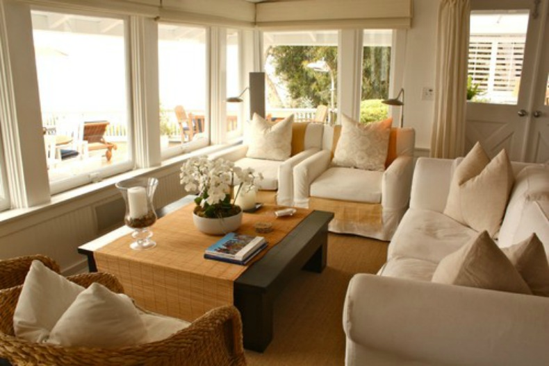 Sensational Coastal Home Spotted From The Crows Nest Beach House Largest Home Design Picture Inspirations Pitcheantrous