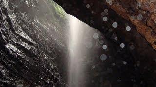 Az ecuadori Táltos-barlang felfedezése