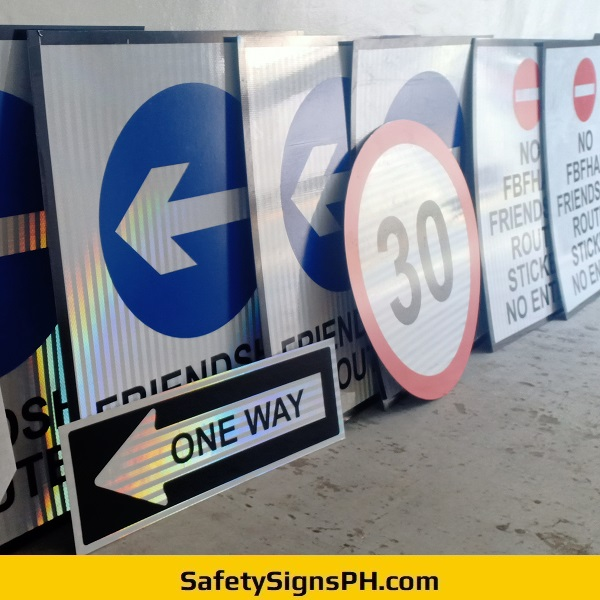High Intensity Prismatic Reflective Safety Signs