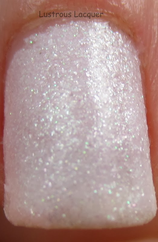 Cult-Nails-Angel-Whispers-Macro-shot-Passionate-Dreams-Collections-Lustrous-Lacquer