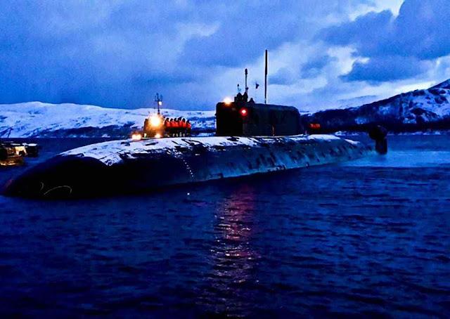 O submarino B-534 Nizhniy Novgorod da classe Sierra
