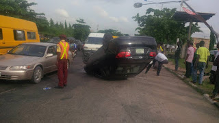 car-somersaults-in-lagos-as-brake-fails
