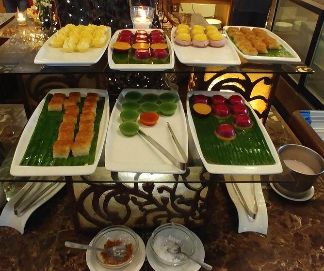 Desserts at RSM Lutong Bahay