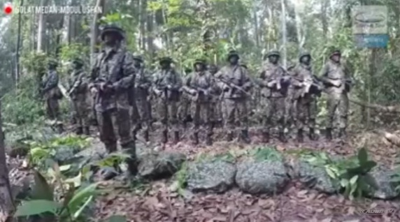 [Video] Praktek Shalat Khauf (Sholat di Medan Perang)