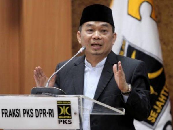 PKS: Peran Agama Dalam Pendidikan Sangat Penting, Jangan Dihilangkan