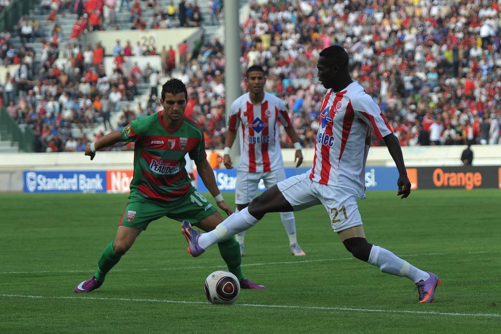 مشاهدة مباراة الوداد البيضاوي ومولودية الجزائر
