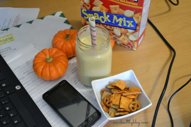 pumpkin pie banana smoothie and salty snack