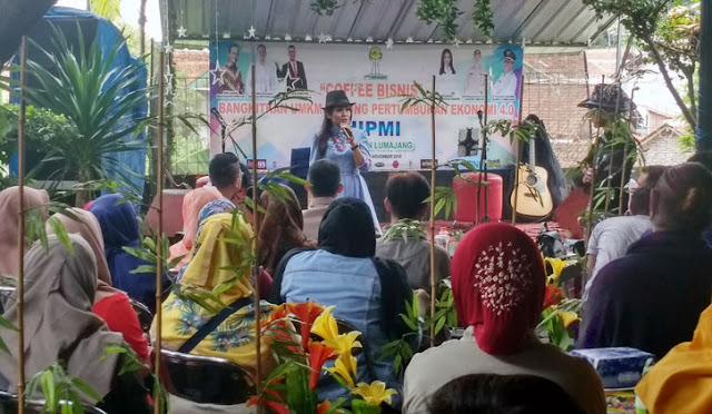 Pengusaha muda dari Jember memberikan motivasi bagi pemuda Lumajang