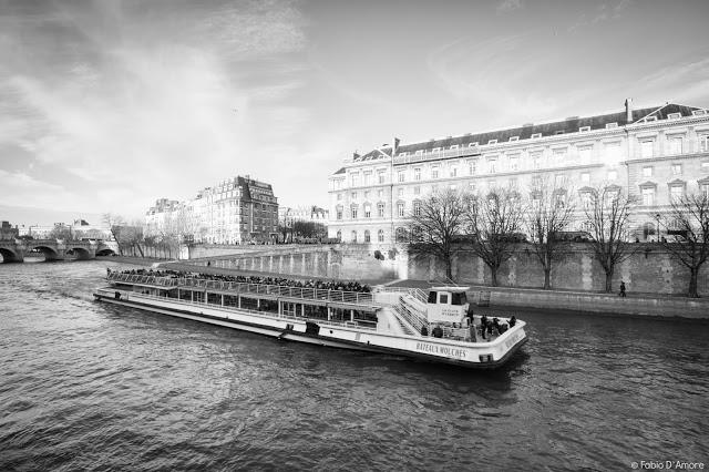 Crociera sulla Senna-Bateaux mouche-Parigi