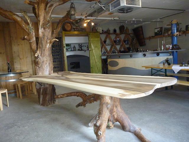 Tisch mit Baum und Wurzel Einzelstück