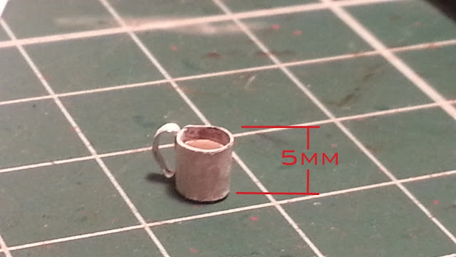 How to make a 1/35 scale model coffee mug prop for dioramas