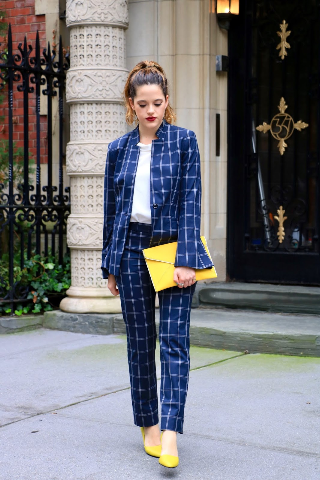 Nyc fashion blogger Kathleen Harper's suit outfit for women