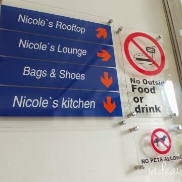 Nicole Lounge Puncak