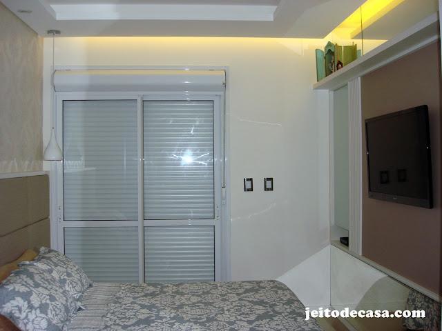 suite -casal-espaço-quarto