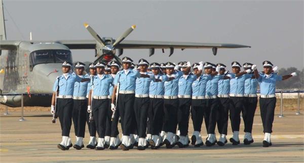 भारतीय वायु सेना में निकली बंपर भर्ती, इस तारीख से पहले करें आवेदन