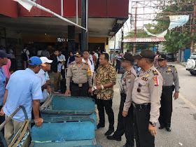 Kompol Darmawan Himbau Masyarakat di Pelabuhan