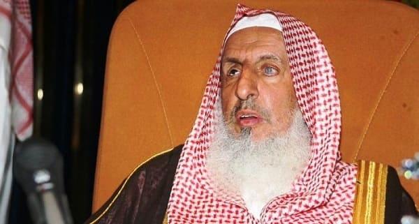 مفتى السعودية:  الحفلات الغنائية والسينما فساد