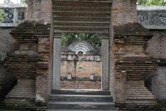 Gerbang di area Masjid Gedhe Mataram Kotagede