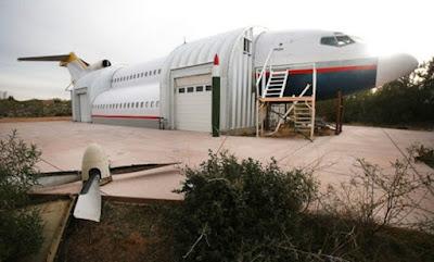 Rumah Dari Pesawat Terbang