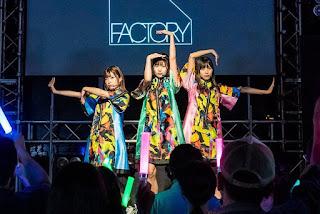 subunit hinatazaka46 factory tampil di acara dasada