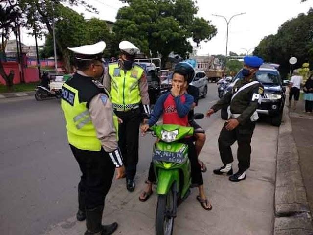 Tak Gunakan Masker, Ratusan Pengendara di Kota Jambi Terjaring Razia