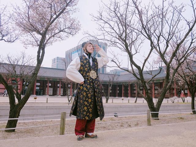 Loạt ảnh Sơn Tùng M-TP siêu điển trai với phong cách cổ trang Hàn Quốc